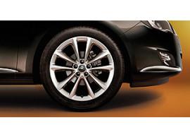 opel-astra-j-18-5-holes-wheels-13259251