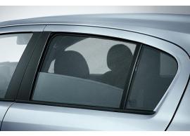 opel-astra-h-hatchback-sun-blind-rear-doors-95513890