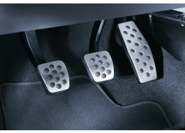 opel-tigra-twintop-opc-line-pedals