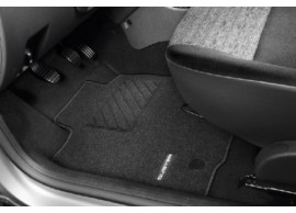 "8201630681 Dacia Duster 2014 - 2018 floor mats ""Madrigal"""