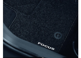 ford-focus-07-2004-2011-floor-mats-standard-front-and-rear-black 1418441