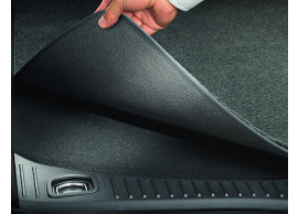 ford-mondeo-03-2007-08-2010-hatchback-luggage-compartment-mat-black-with-mondeo-logo 1619981