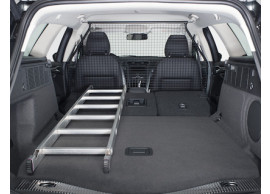 ford-mondeo-09-2014-estate-load-retention-guard-full-height 1882499