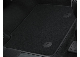 ford-mondeo-09-2014-floor-mats-standaard-front-and-rear-black 1881994
